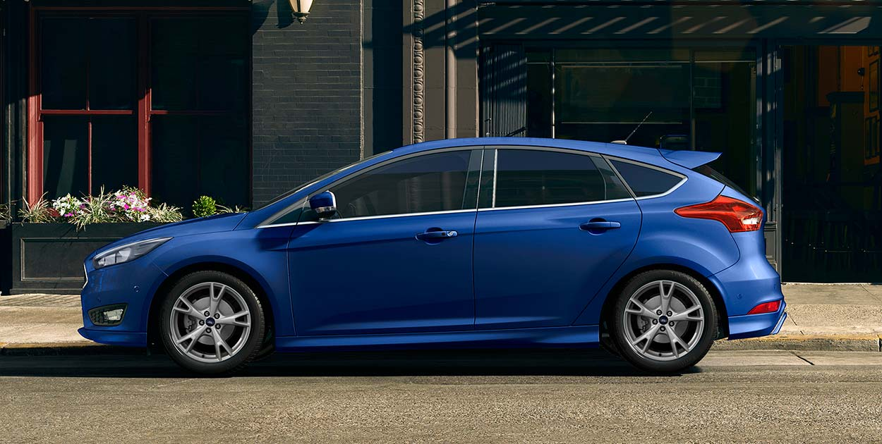 FORD FOCUS TREND 1.5 ECOBOOST AT 4 CỬA2