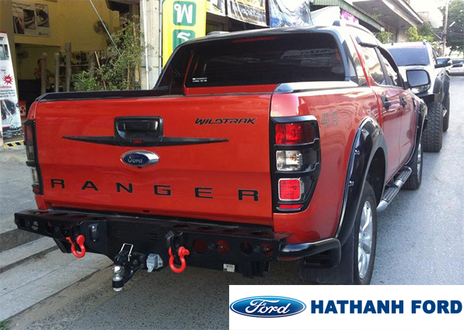 can-sau-ford-ranger-co-moc-keo-hang