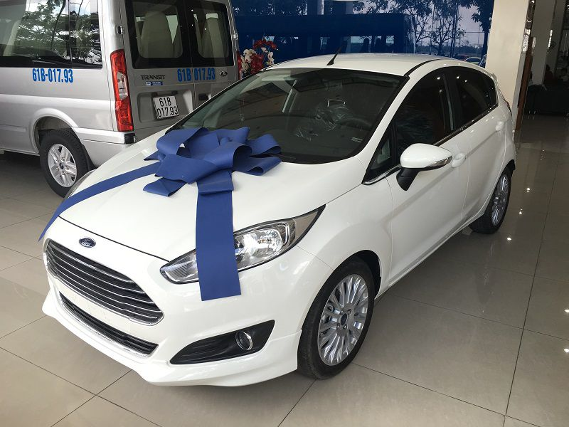 Ford Fiesta 5 cửa 1.0L AT Sport+5