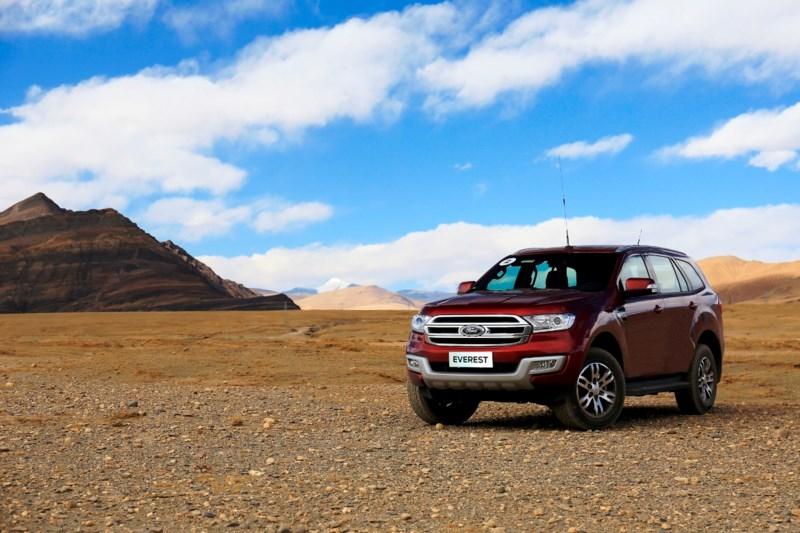 Ford Everest chinh phục Everest – nóc nhà của thế giới