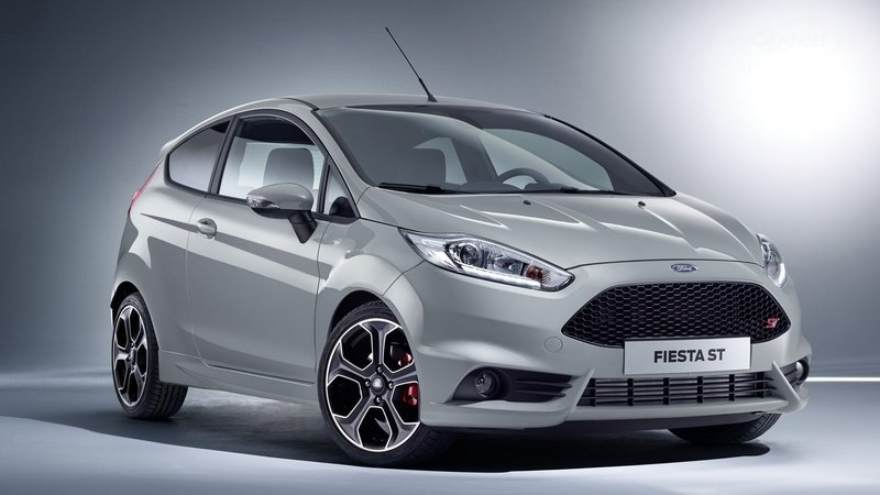 Ford Fiesta 4 cửa 1.5L AT Titanium4