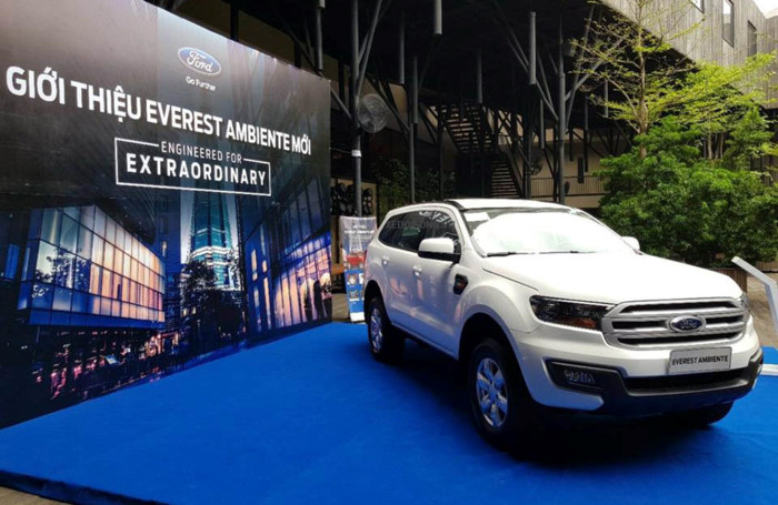 Ford Everest Ambiente 2.2L 4×4 MT5