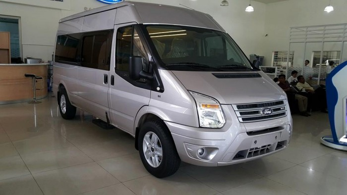 Ford Transit Luxury (Bản cao cấp)3