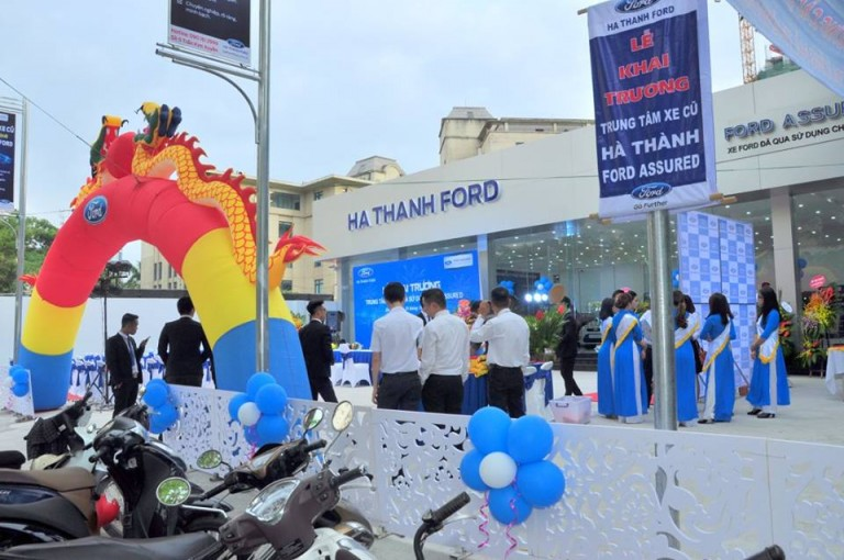 xe-ford-cu-chinh-hang-hathanh-ford-assured